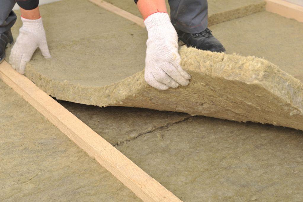 материал для изоляции потолка бани